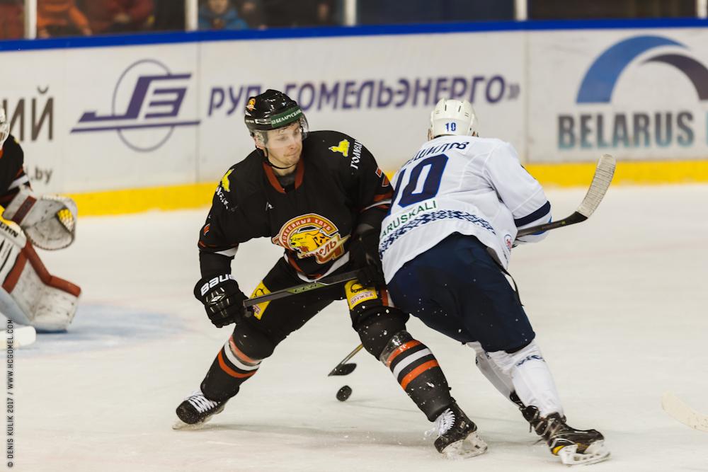 Андрей Карев